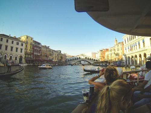 canal-grande-rialto-bridge-venice-italy_free_stock_photos_picjumbo_DCIM100GOPRO.jpg